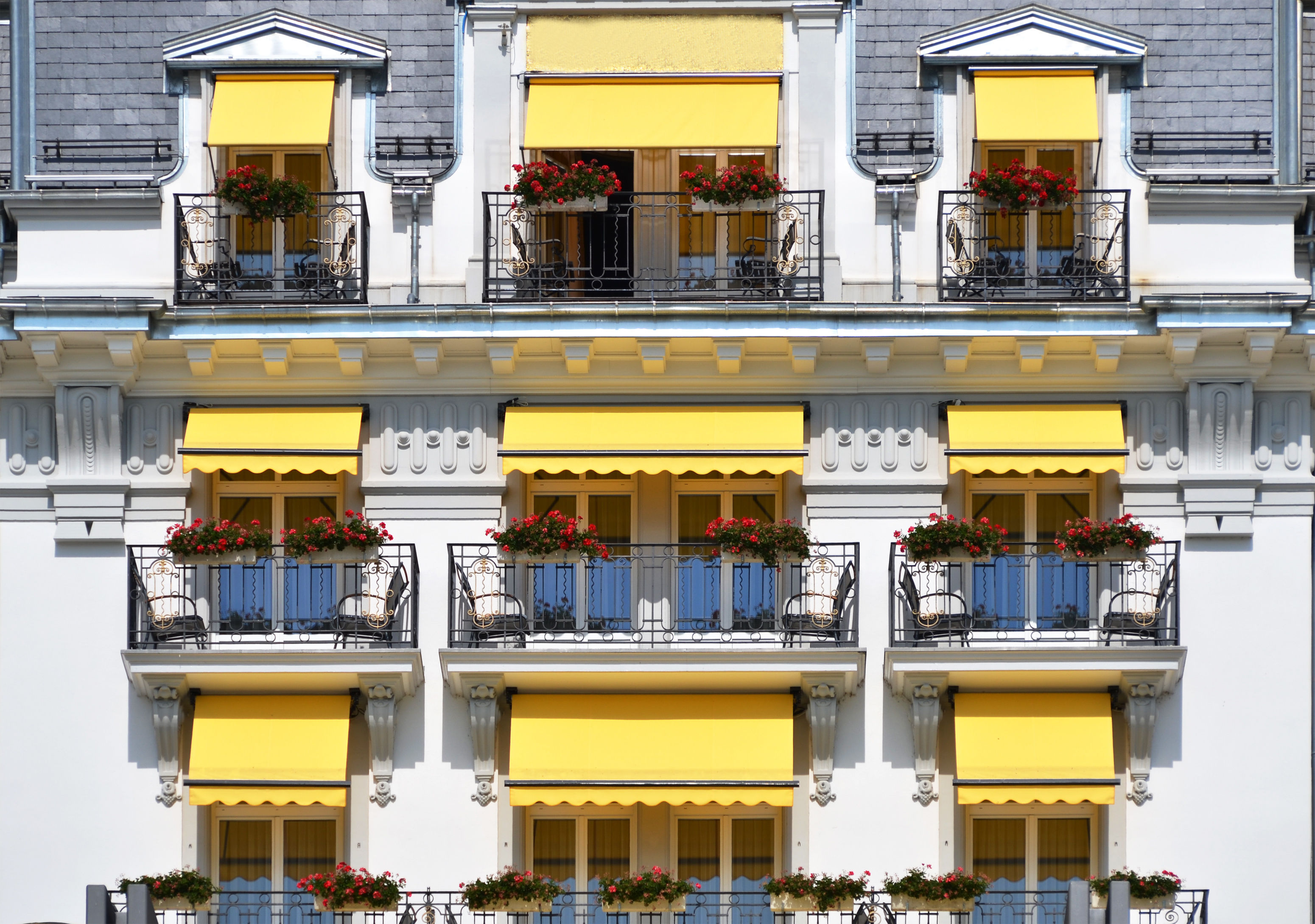 The Different Types of New York City Awnings - Awnings New ...