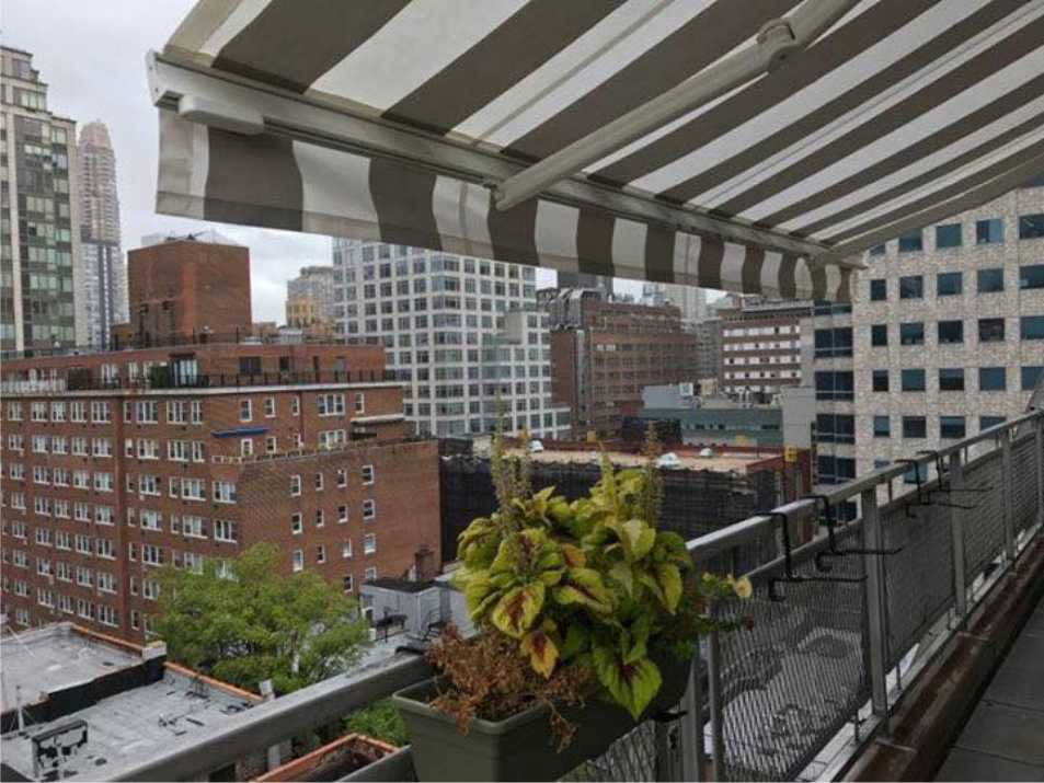 Retractable Awnings - Awnings New York | New York City ...